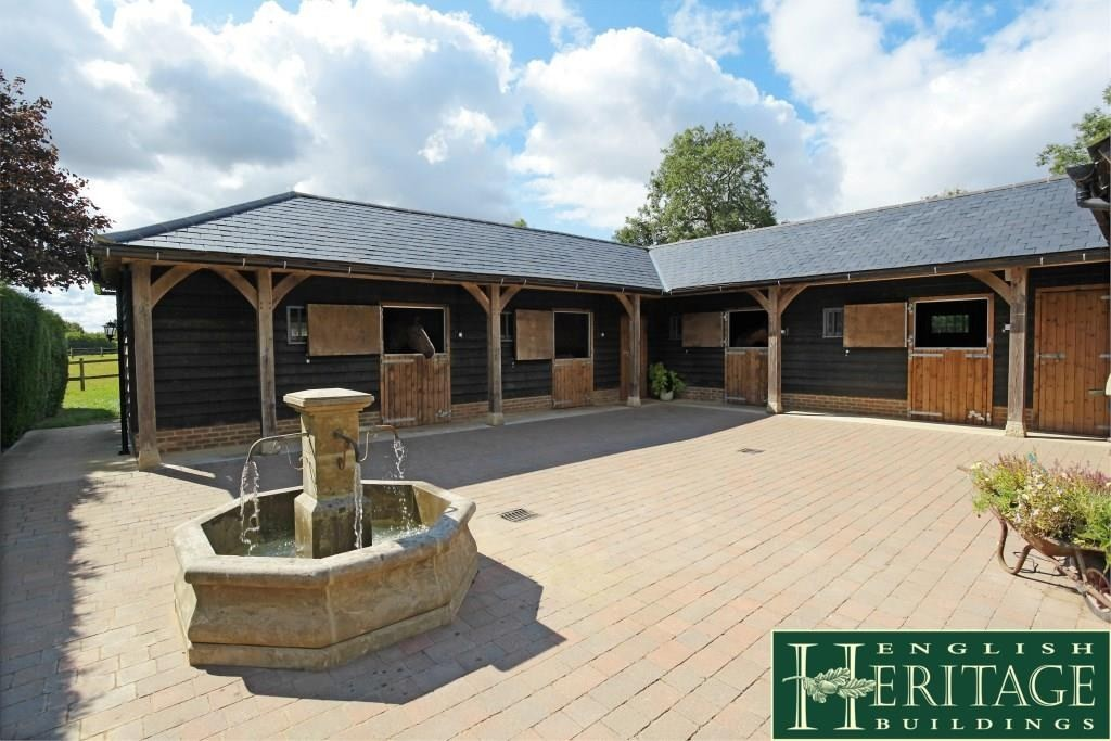 Oak framed stable complex